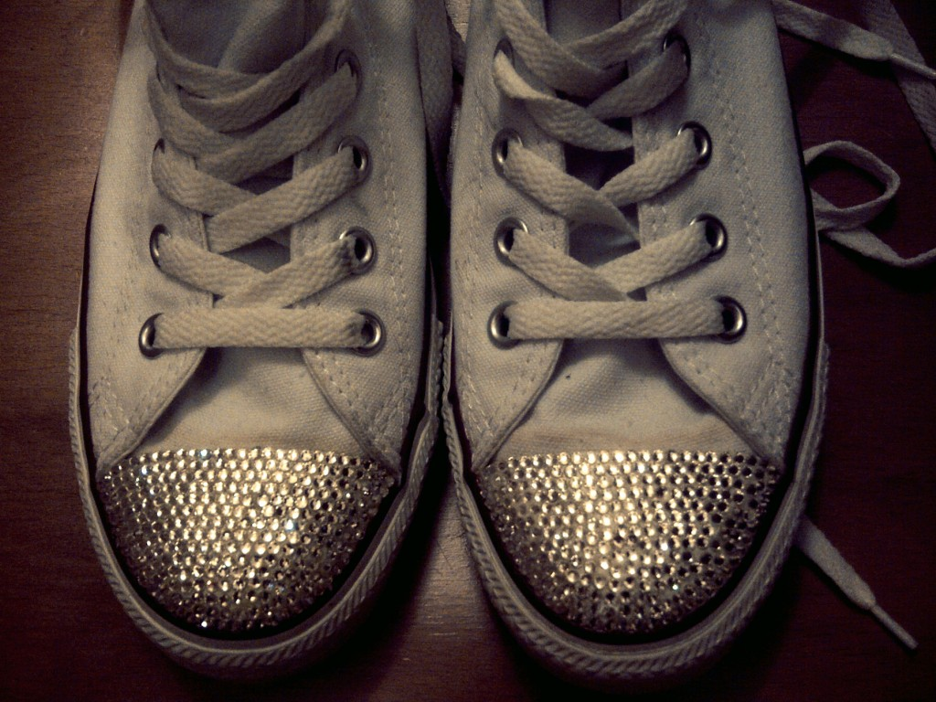 d47949295c3192 Design  how to DIY your own shoes